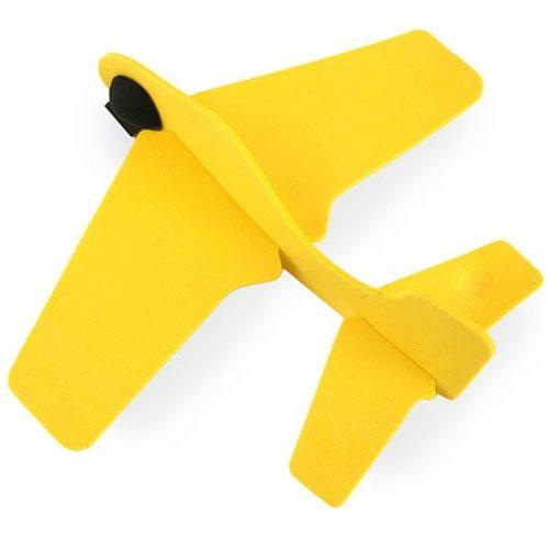 Avión amarillo